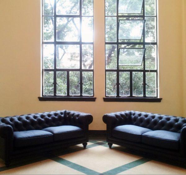 Chesterfiled-sofa