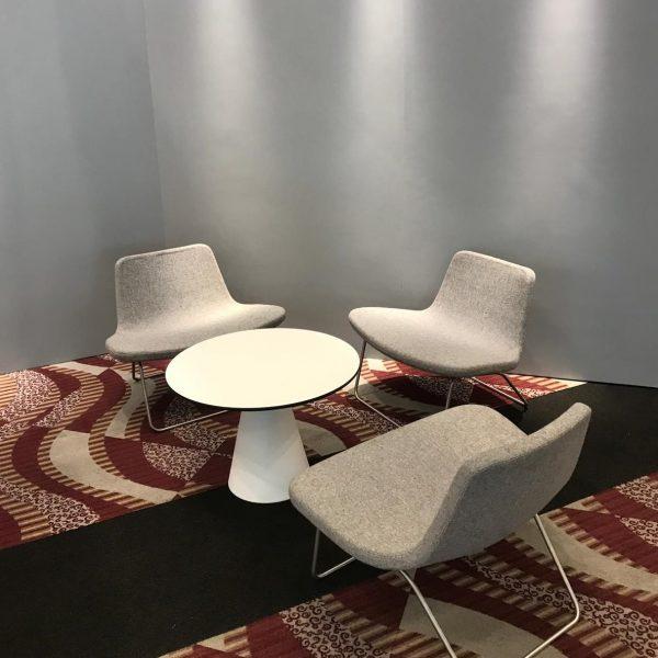 Ray Lounge