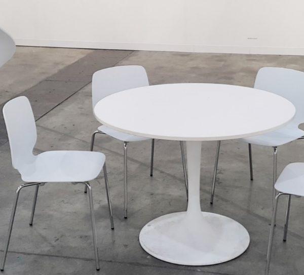 Babila Chair with Flower table