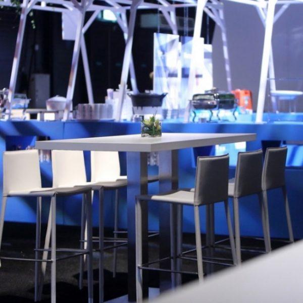 Polar High Table amb