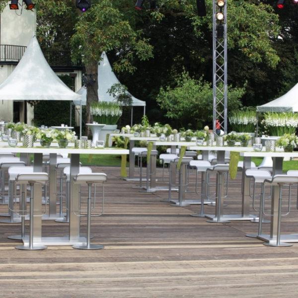 Polar High table outdoor